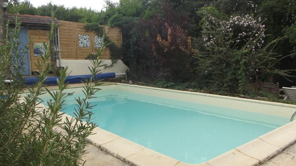 soleilnudist.dorogne.zwembad